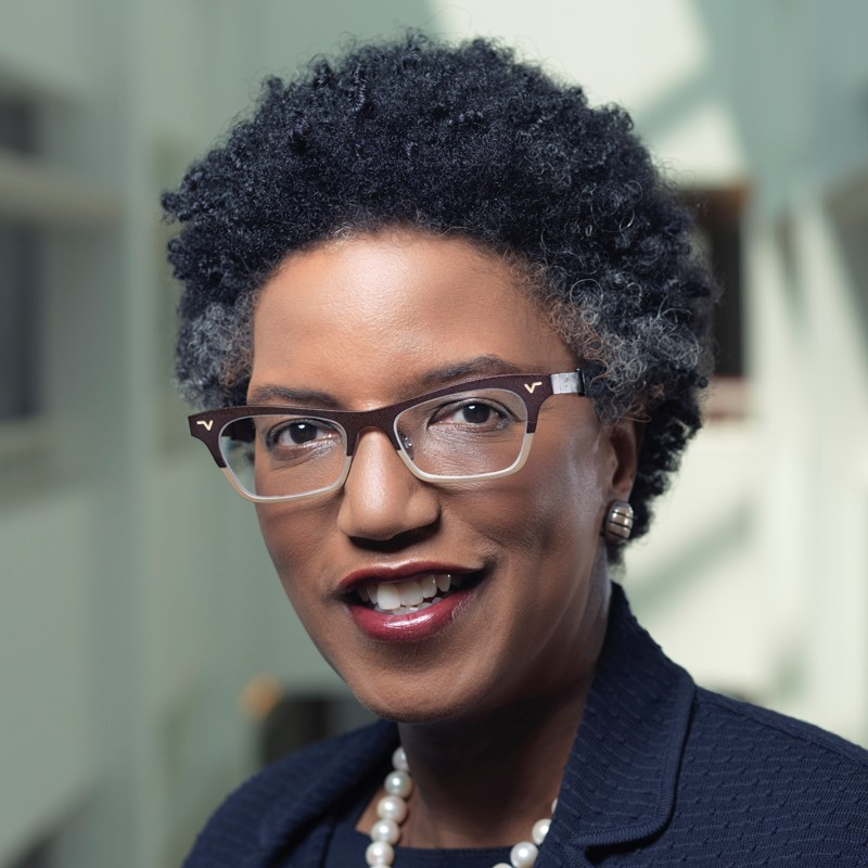 Linda Hill Headshot